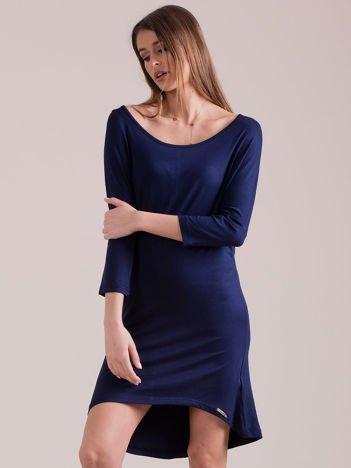 Sukienka oversize z obniżoną linią ramion granatowa