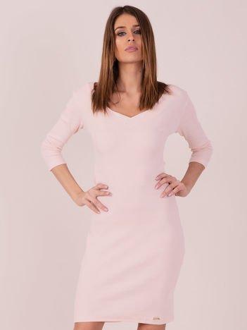 Sukienka z bocznymi wycięciami jasnoróżowa