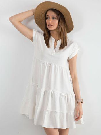 Sukienka z falbaną biała
