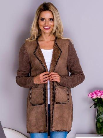 Sweter damski z zamszowym przodem brązowy