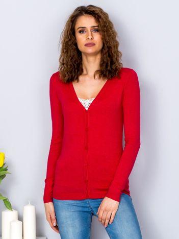 Sweter jasnoczerwony na guziki