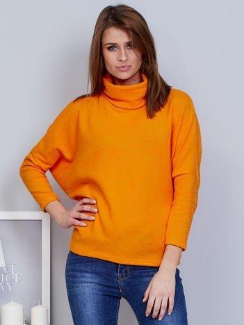 Sweter pomarańczowy z miękkim kołnierzem