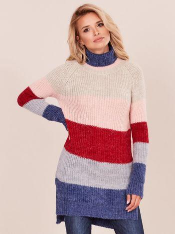 Sweter z golfem w pasy