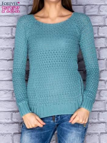 Sweter zielony z suwakiem