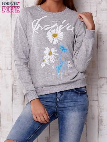 Szara bluza z nadrukiem kwiatowym i napisem