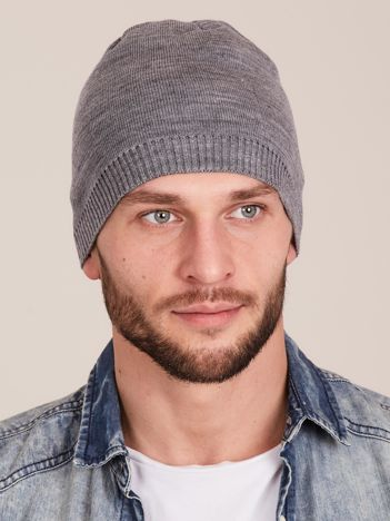 Szara czapka męska ze ściągaczem
