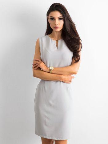 Szara gładka sukienka koktajlowa