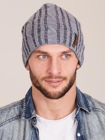 Szara męska zimowa czapka w warkocze