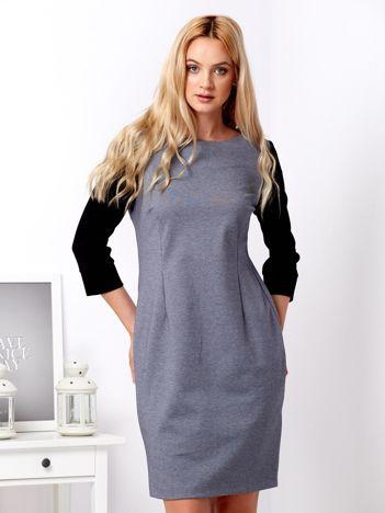 Szara sukienka z czarnymi rękawami