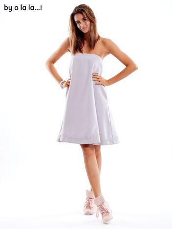 Szara sukienka z koronkową lamówką BY O LA LA