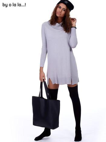 Szara swetrowa sukienka z miękkim golfem BY O LA LA