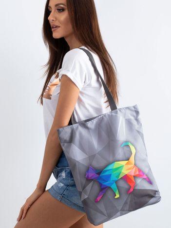 Szara torba materiałowa z kolorowym printem