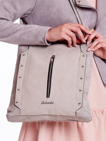 Szara torba z pionową kieszenią