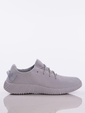 Szare buty sportowe pattern z tkaniny z uchwytem z tyłu na ciemnej podeszwie