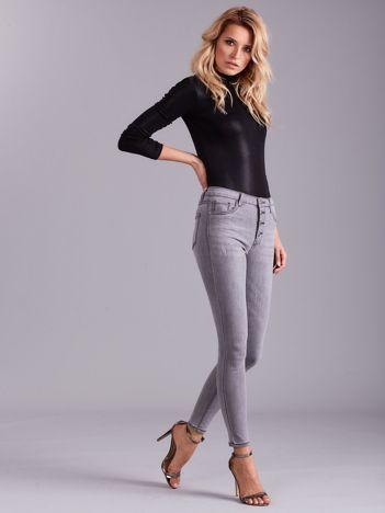 Szare jeansy damskie z wysokim stanem