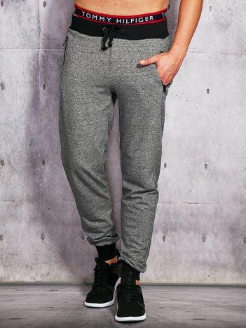 Szare melanżowe spodnie dresowe męskie z troczkami