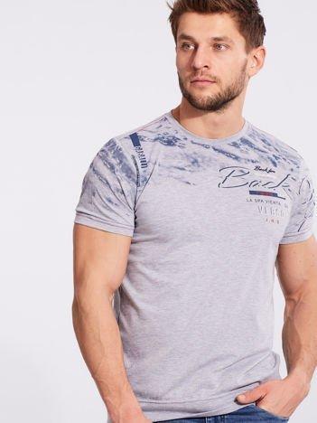 Szary bawełniany męski t-shirt z nadrukiem