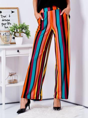 Szerokie spodnie w kolorowe pasy
