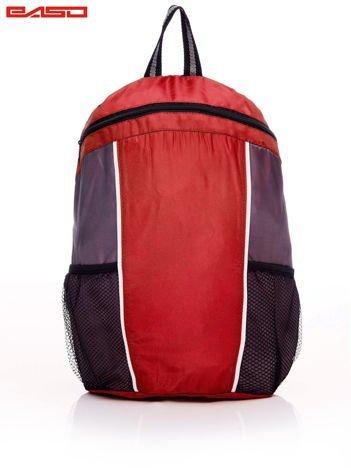 Szkolny plecak z siatkowymi kieszeniami czerwony