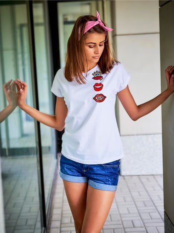 T-shirt damski biały z naszywkami USTA