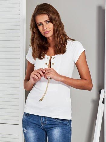 T-shirt damski z łańcuszkiem ecru