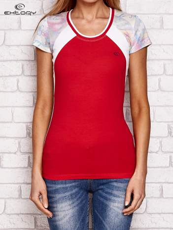 T-shirt z nadrukiem motyli koralowy