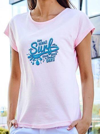 T-shirt z surferskim nadrukiem jasnoróżowy