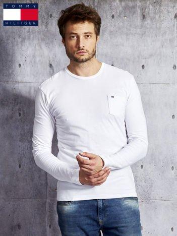 TOMMY HILFIGER Biała bluzka męska z kieszonką
