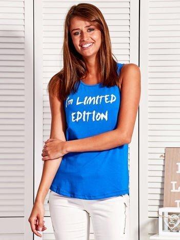 Top damski z napisem I'M LIMITED EDITION niebieski
