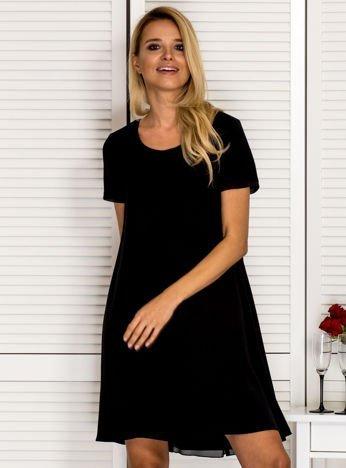 Trapezowa sukienka koktajlowa czarna