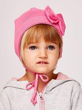 Wiązana czapka dziewczęca z ozdobną kokardą różowa