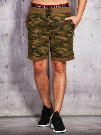 Zielone szorty męskie w militarnym stylu
