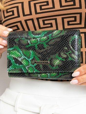 Zielony poziomy portfel skórzany we wzory