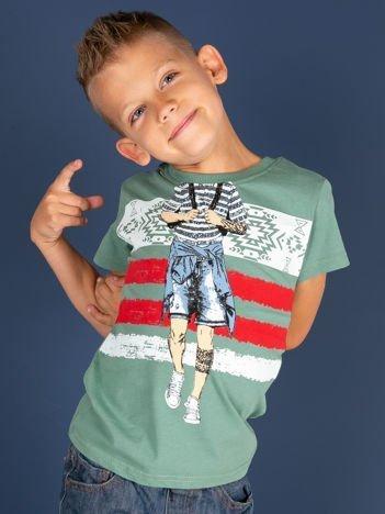 Zielony t-shirt dla chłopca z nadrukiem