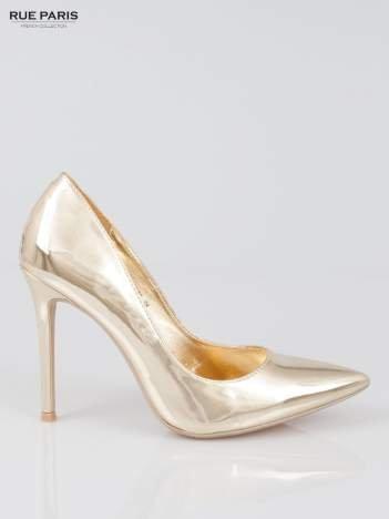 Złote metaliczne szpilki w szpic