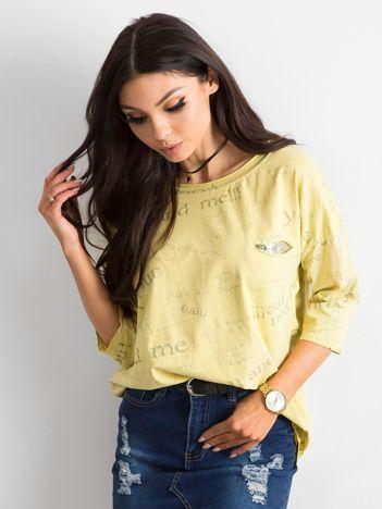 Żółta bluzka z napisami