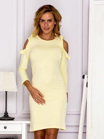 Żółta sukienka z wycięciami na ramionach