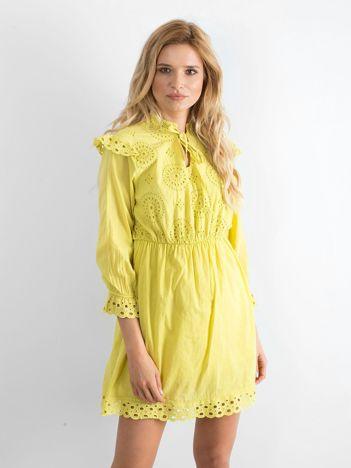 Żółto-zielona ażurowa sukienka