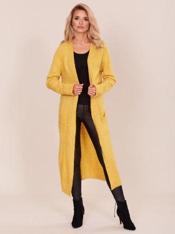 Żółty długi sweter damski