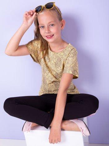 Żółty t-shirt dla dziewczynki z kwiatowym nadrukiem