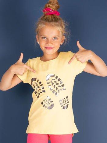 Żółty t-shirt dziewczęcy z odciskiem buta