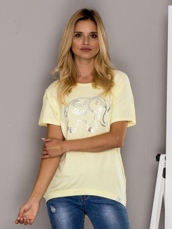 Żółty t-shirt ze słoniem