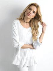 Biała bluzka damska z falbaną