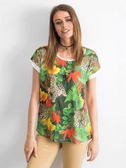 Biało-zielony t-shirt z motywem exotic print