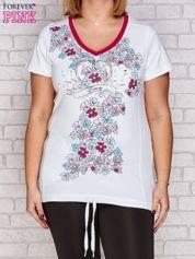 Biały t-shirt z kwiatowym nadrukiem PLUS SIZE
