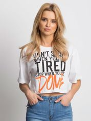 Biały t-shirt z napisem