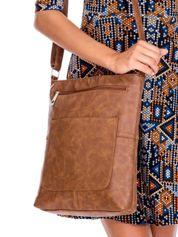 Brązowa prostokątna torba na ramię
