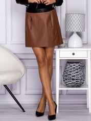 Brązowa skórzana spódnica mini z kieszeniami