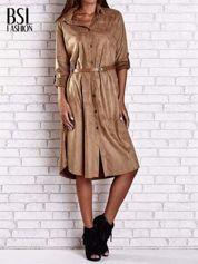 Brązowa zamszowa sukienka z rozcięciami po bokach