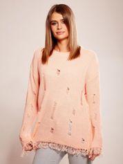 Brzoskwiniowy sweter oversize